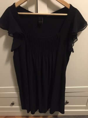 Freifallendes dunkelblaues Kleid