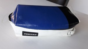 Freitag Messengerbag white-blue