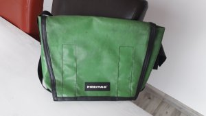 Freitag Messengerbag green