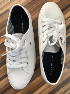 Tommy Hilfiger Lace-Up Sneaker black-white