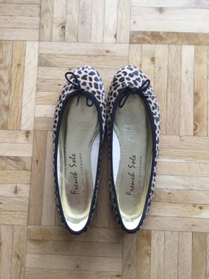 French Sole India Leopard Ballerinas, Gr. 38, fallen 1 Nummer kleiner aus!
