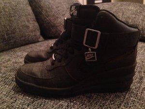 Nike Sneaker alta nero