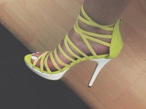 Friis & Company Gelbe Sandaletten Absatzsandalen Heeled Sandals Blogger Style