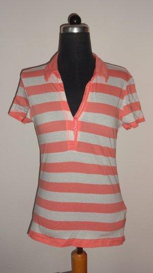 Fröhliches Polo-Shirt