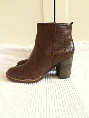 Frühlingsstiefel  Lederschuhe Boots Stiefelette braun braunrot Größe 40 Tamaris wie NEU