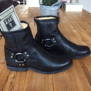 Frye  Phillip Harness Stiefel Boots Schwarz Leder Gr. 37/38 NEU!!!