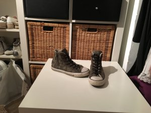 Für den Winter: Convers All Star Chucks - Limited Edition Camouflage mit Fell