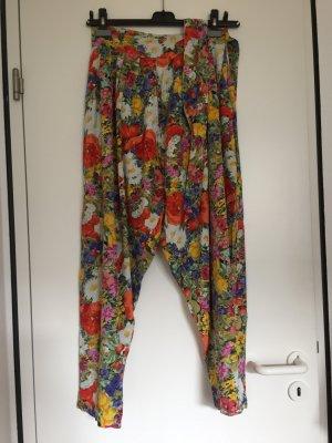 Für Vintage Liebhaber:Harem Hose,Schöne Blumenmuster,Gr.40, 20€