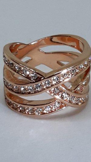 funkelnder roségoldfarbener Ring