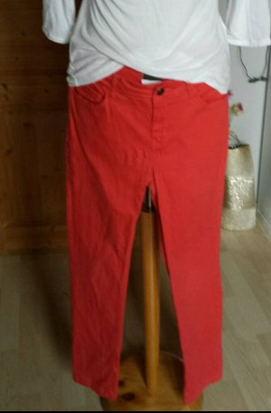 Funky Foxy Hose in Trendfarbe rot