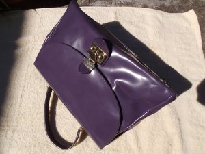 """FURLA"" - Lackleder, gr. Handtasche, SchnäppchenAlarm"