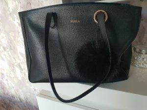 Furla Tasche im Schwarz neuwertig