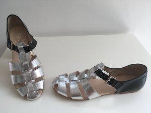G. K. Mayer Sandalo con cinturino argento-nero