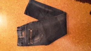 G-Star Jeans. Schöne Waschung