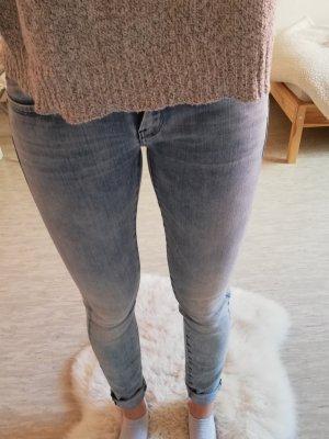 G-Star Jeans XS W24 L32 Neu hellblau