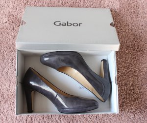 • Gabor Lack Pumps