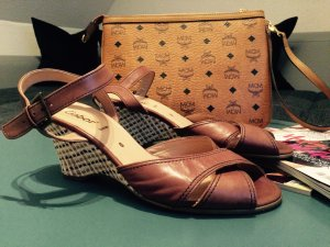 Gabor Strapped High-Heeled Sandals brown leather