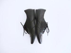 Gabor Schnürschuhe mit Lochmuster aus Leder schwarz