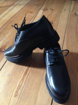 Derby black leather