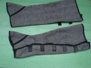 Legwarmers black-white mixture fibre