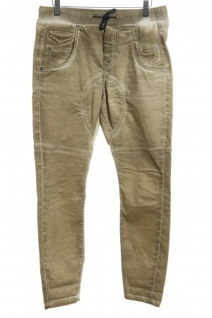 Gang Baggy Pants braun Street-Fashion-Look