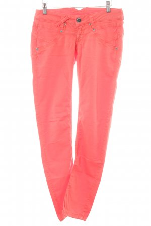 Gang Low-Rise Trousers bright red casual look