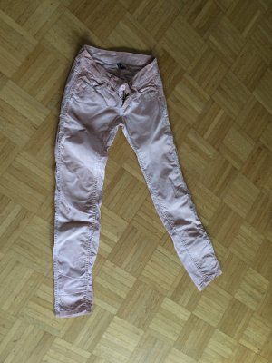 Gang slim Hose in rosé