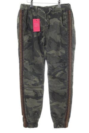Gang Stoffhose khaki-bronzefarben Camouflagemuster Casual-Look