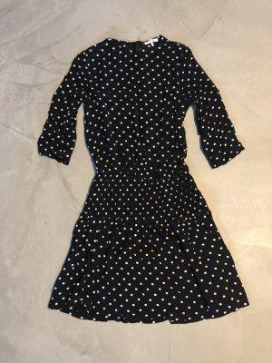 Ganni / gepunktetes Kleid schwarz