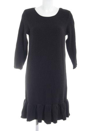Ganni Langarmkleid schwarz grafisches Muster schlichter Stil