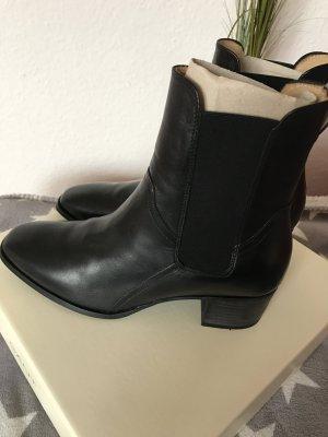 GANT Leder Stiefeletten in schwarz neu 179€