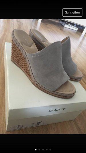 Gant Mule à talon gris-crème
