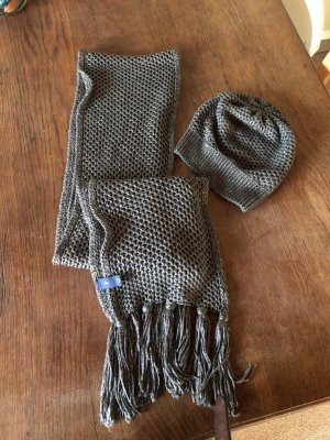 Gap Fringed Scarf silver-colored