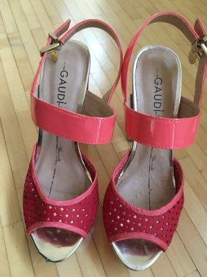 Gaudi Sandalias de tiras rosa-carmín