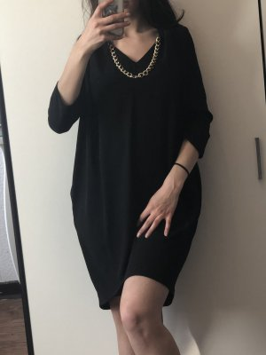 Gaudi Schwarzes Kleid inkl Kette