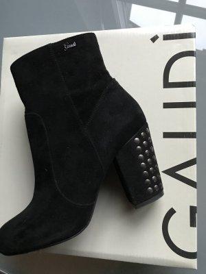 Gaudi Stiefeletten mit Nieten am Absatz echt Leder schwarz Wildleder Ankleboots