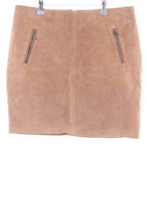 GDM Leather Skirt nude casual look