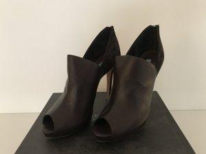 Escarpins à bout ouvert brun foncé cuir