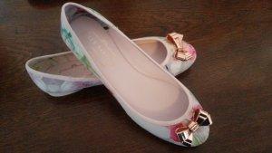 Geblümte Ballerinas von Ted Baker