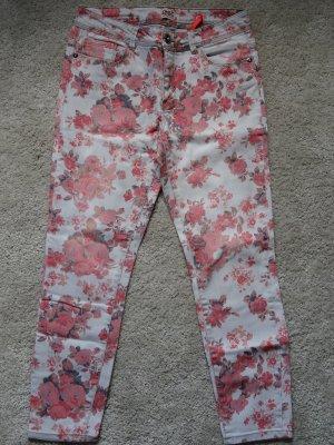 geblümte Jeans in Grau