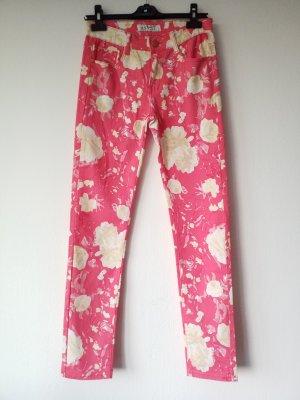 geblümte sommerliche pinke Hose Jeans