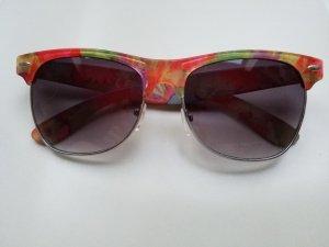 geblümte Sonnenbrille im Ray Ban Stil