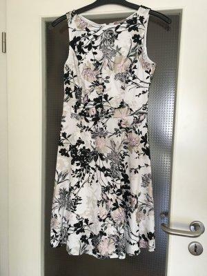 Geblümtes Kleid A-Linie von Orsay