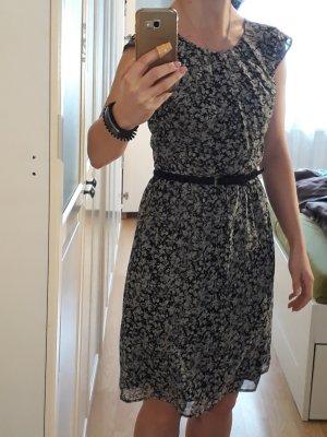 geblümtes Kleid, Esprit, 34