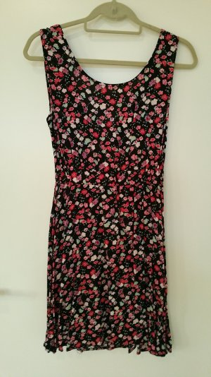 Geblümtes Kleid mit Rückenausschnitt (zum Binden)