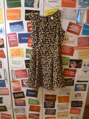 Geblümtes Kleid von H&M, Blumen, Sommer, Basic, Boho