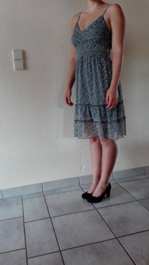 Geblümtes Kleid von mystery by PSF