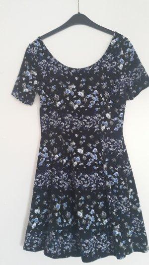 geblümtes Minikleid von H&M Größe 38