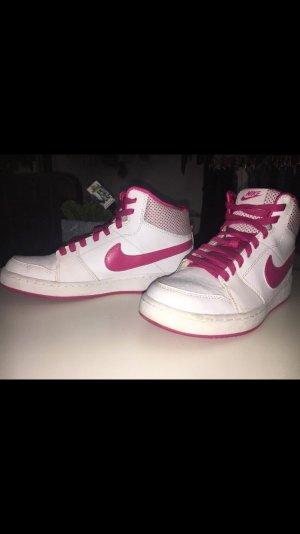 Gebrauchte Nike Schuhe