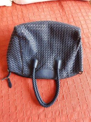 geflochtene marineblaue Tasche von EDEN